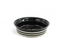 Keramická miska pro psy ve stylovém černém designu. Na výběr velikosti pro malá, střední i větší plemena psů, barva černobílá. (4)