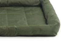 Voděodolná matrace pro psy vhodná pro domácí použití i jako podložka do auta. Odolný prošívaný materiál, výběr velikostí. Barva zelená. (2)
