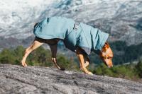 HURTTA – Outdoorový zimní obleček pro psy pro jejich dokonalý teplotní a pocitový komfort. Voděodolný a snadno udržovatelný materiál, termoizolační podšívka, 3M reflexní prvky. Barva modrá – borůvková. (2)