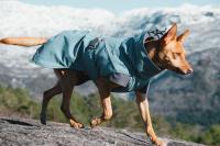 HURTTA – Outdoorový zimní obleček pro psy pro jejich dokonalý teplotní a pocitový komfort. Voděodolný a snadno udržovatelný materiál, termoizolační podšívka, 3M reflexní prvky. Barva modrá – borůvková. (3)