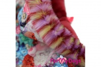 Obleček pro fenky – teplý zimní overal FLOWERS od ForMyDogs z voduodpuzujícího materiálu s plyšovou podšívkou. Zapínání na druky na bříšku (4).