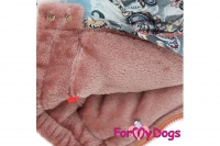 Obleček pro fenky – teplý zimní overal PINK ORNAMENTS od ForMyDogs. Zapínání na zip zádech, podšívka sintepon a plyšová kožešinka (2).