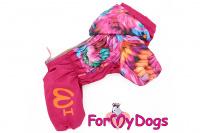 Obleček pro fenky malých až středních plemen – lehoučká pláštěnka FLOWERS PINK od For My Dogs.