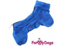 Obleček pro psy – lehoučký overal ForMyDogs BLUE z jednovrstvého plyše. Zvýšený límec, zapínání na zip na zádech. Barva modrá.