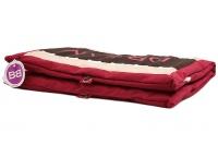 Praktická dvojbarevná podložka pro psy vhodná pro vnitřní i venkovní použití. Materiál: 20 % bavlna, 80 % polyester. (4)