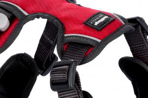 Nastavitelný postroj pro psy od RED DINGO vhodný pro každodenní používání díky podšívce z jemného flísu. Reflexní prvky, dva úchyty na vodítko, barva červená. (3)