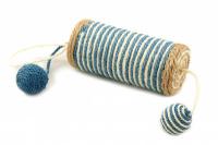 Jednoduché škrabadlo-hračka pro kočky se dvěma chrastícími balonky. Ideální na broušení drápků, materiál sisal, průměr hračky 13 cm. (3)