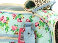 Luxusní prostorná kabelka/taška psy až do 8 kg. Kolekce Urban Pup, řada SUMMER ROSE, doporučená maximální váha psa 8 kg (detail 3)