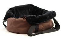 Taška na psy od BOBBY z měkkého a příjemného materiálu vhodná pro štěňata, jorkšíry, čivavy apod. Nosnost 5 kg, barva hnědá (10).