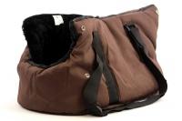 Taška na psy od BOBBY z měkkého a příjemného materiálu vhodná pro štěňata, jorkšíry, čivavy apod. Nosnost 5 kg, barva hnědá (9).