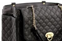 Luxusní taška na psy až do 6 kg z kolekce Urban Pup, řada COCO. Kožíškem vykládané zpevněné dno, precizní zpracování, rozměry 40 × 20 × 27 cm. (3)