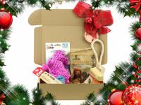 Vánoční box pro psy s vybranými pamlsky a hned dvěma hračkami dle vlastního výběru. Kompletně připravený vánoční dárek – včetně sváteční mašle. (5)