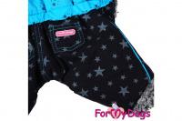 Obleček pro psy – teplý zimní overal BLUE STARS od ForMyDogs z voduodpuzujícího materiálu s kožešinovou podšívkou. Zapínání na druky na bříšku, barva modro-černá. (4)