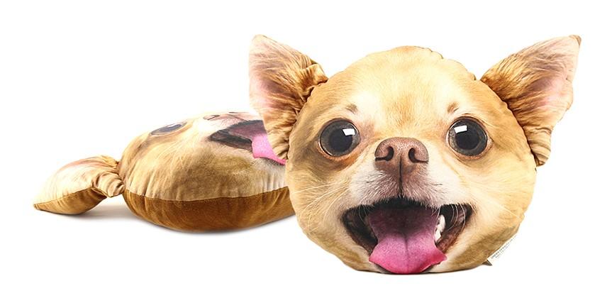 Měkoučký nadýchaný polštář ve tvaru hlavy čivavy